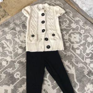 Other - Short sleeve sweeter and black leggings